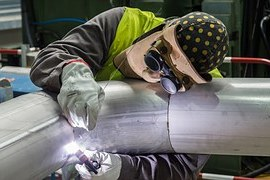 welder at work 2